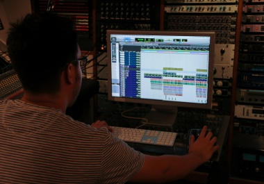Professional Vocal Tuning & Editing (Per Vocal Track)