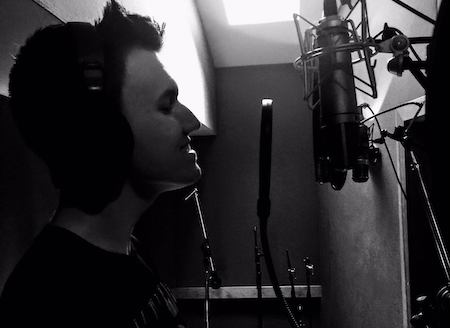 professional session singer, experienced harmonies/backing vocals/...any genre
