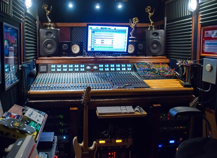 Professional Multi Emmy Award  Winning Mix Engineer-Guitar Icons