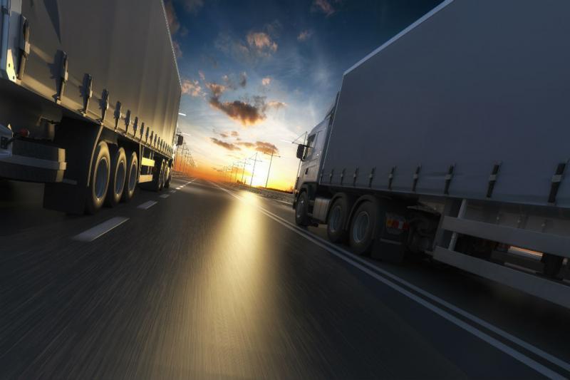AB - Vendas de caminhões saltam 46% no primeiro semestre