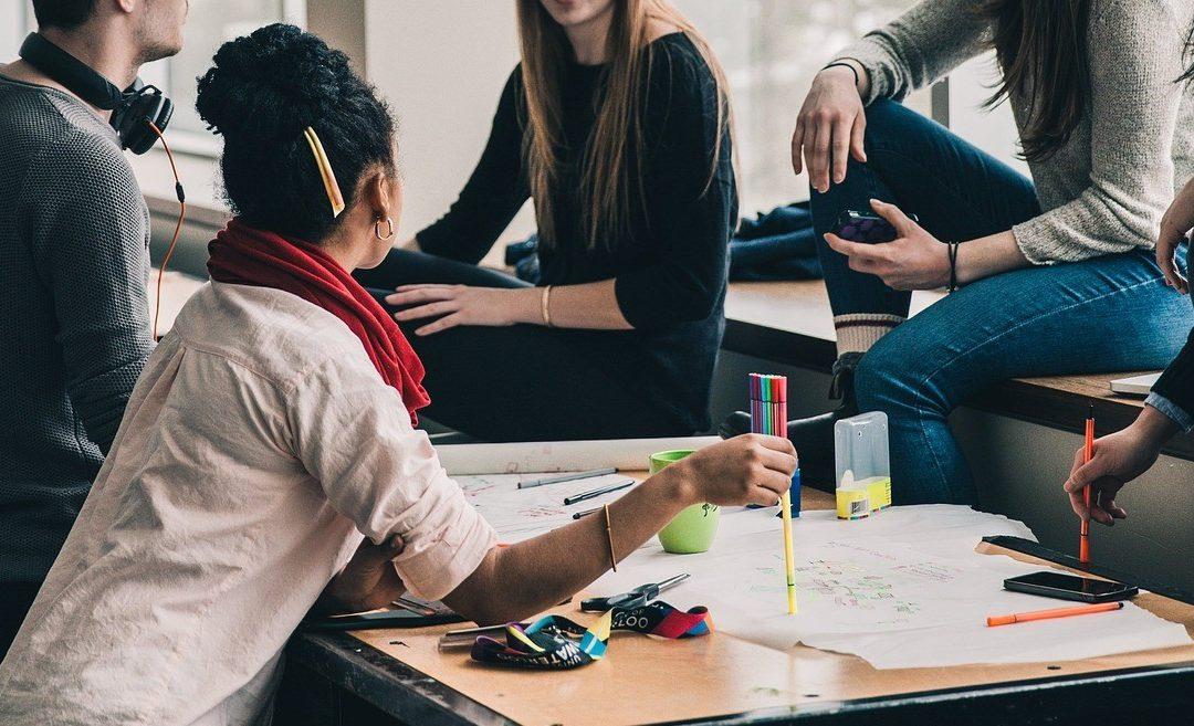 Como conscientizar empresas a contratar um jovem aprendiz?