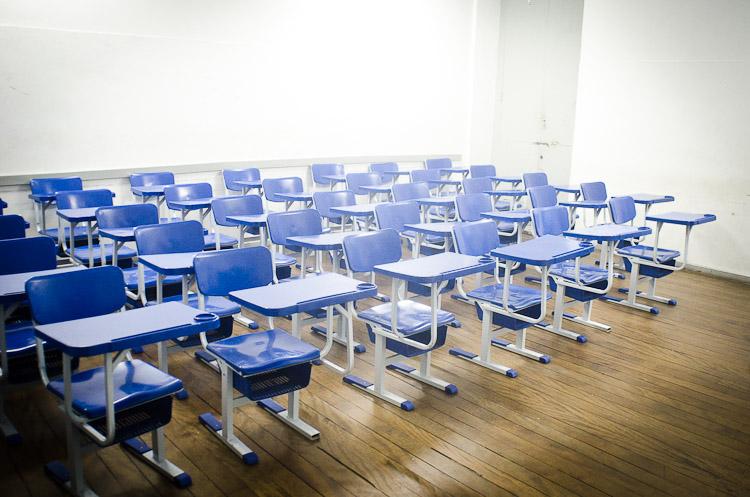 causas da evasão escolar no brasil