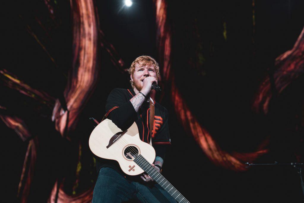 Ed Sheeran Brings Pub Atmosphere To His Biggest San Francisco Show