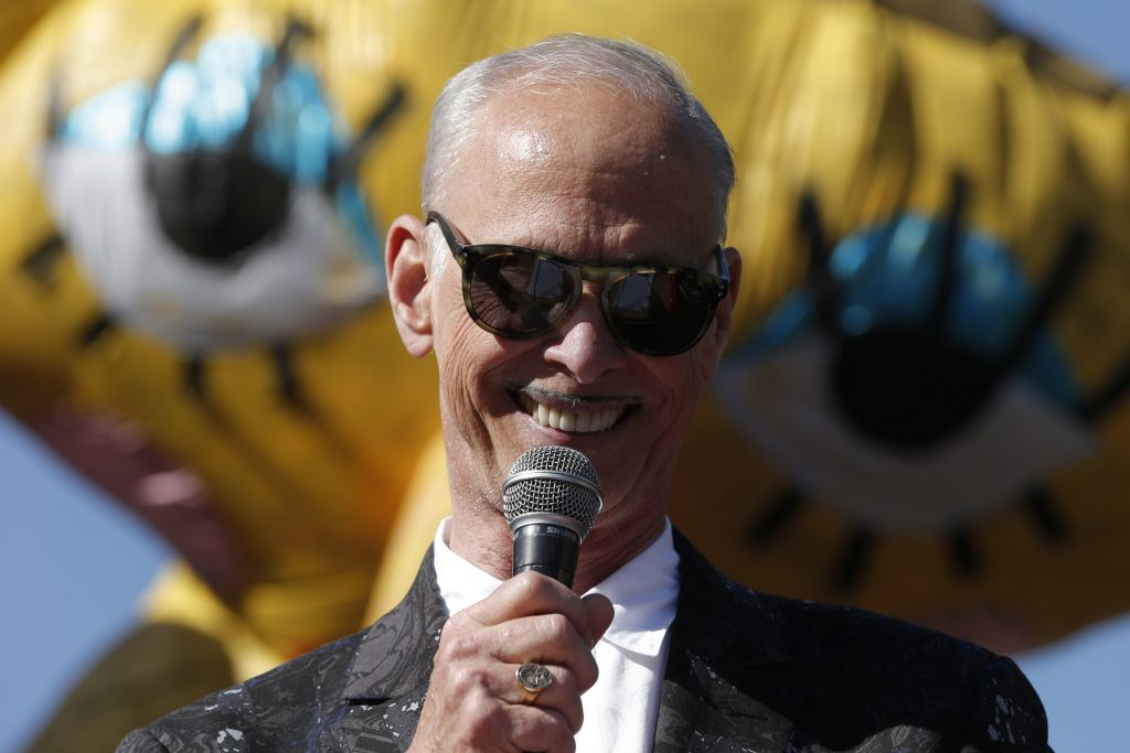 John Waters gives Christmas a tawdry twist with one-man show | Datebook