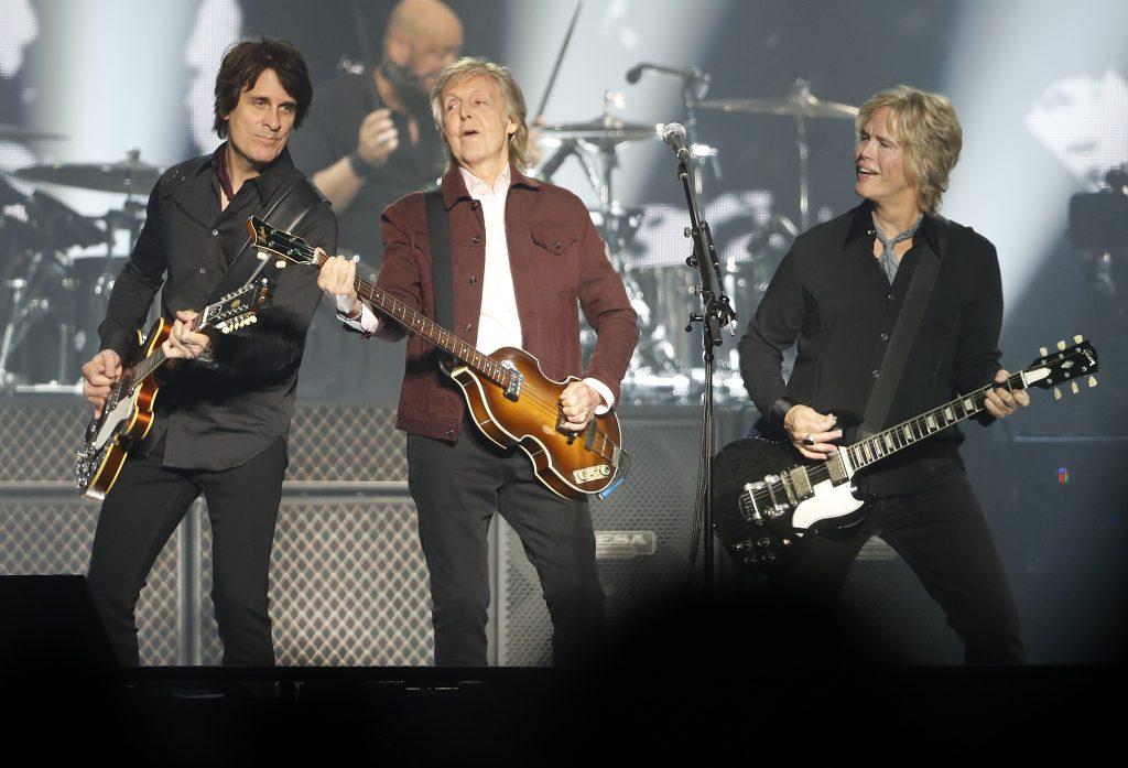 Review: Paul McCartney shows he won't let it die at San Jose