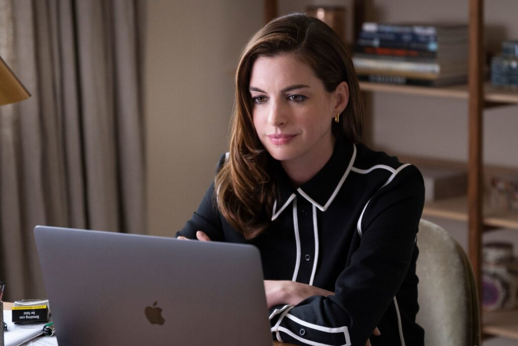 Anne Hathaway and Chiwetel Ejiofor are 'Locked Down' and cracking  up — like we are | Datebook