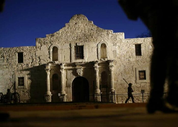 'Forget the Alamo'? Old stories die hard, but authors do their best to bust the myth.