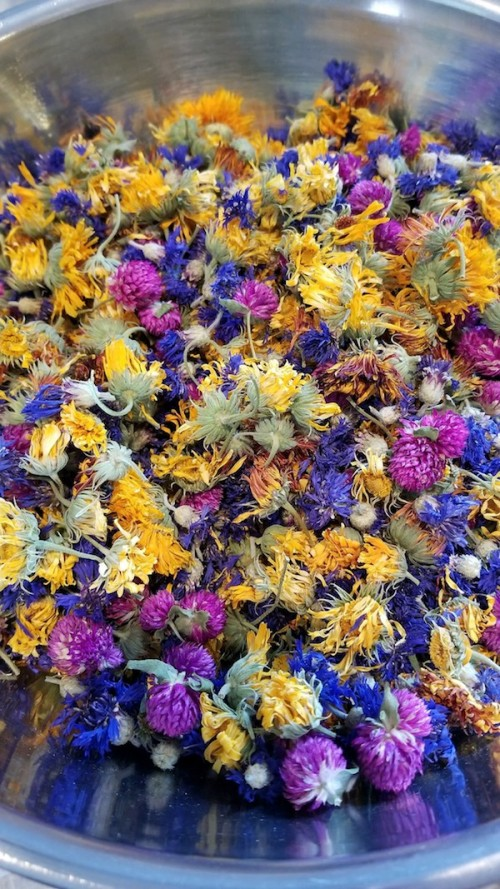 dried edible flowers
