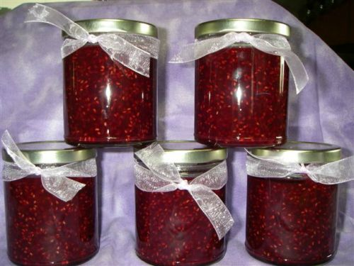 Raspberry jam in jars