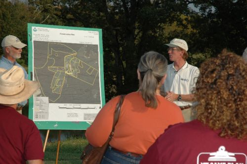 VT Extension Office Experts show rotational grazing map to 85 farmers who visited Waverly Farms