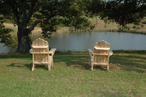 Chairs at the pond