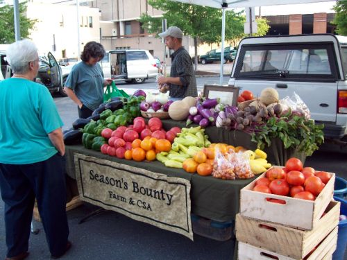 At the Harrisonburg Farmers Market back before the new pavilion was built