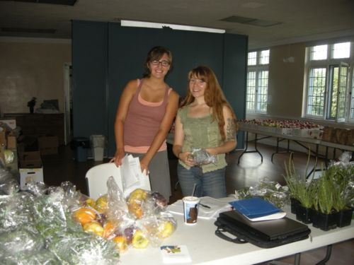Erica and Lydia at the Squirrel Hill Farm Stand
