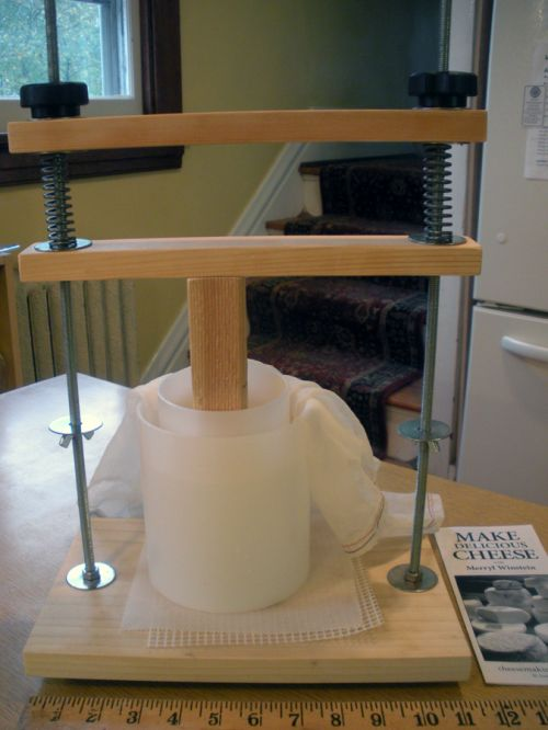 Screw-type Cheese Press by Merryl Winstein, www.cheesemakingclass.com, St. Louis, MO