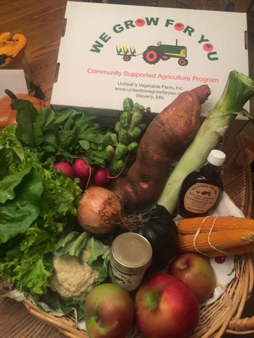 CSA Week 17: sweet potato, leek, popcorn, onions, radishes, Brussels sprouts, acorn squash, fireside apples, cauliflower, lettuce mix, honey and maple syrup. Thank you all for a wonderful season!