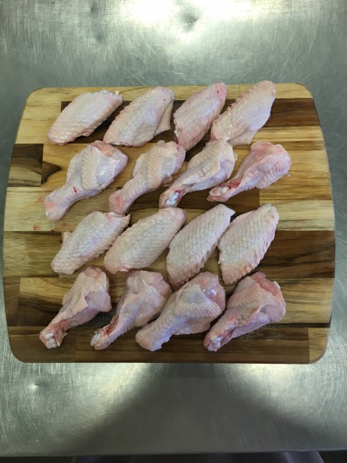 Free Range Chicken Wings - 16 peices/pkg