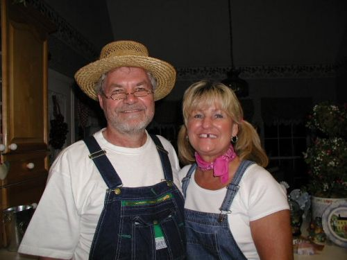 Funny Farmer Floyd and wife