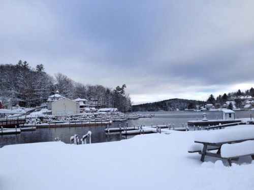 A snowy harbor for the Lake Sunapee Turkey Trot