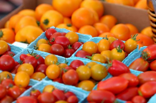 Tomaters! - photo by permission of Karl Gary and Greenbelt Farmers Market