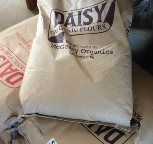 Daisy organic whole grain and bread flours