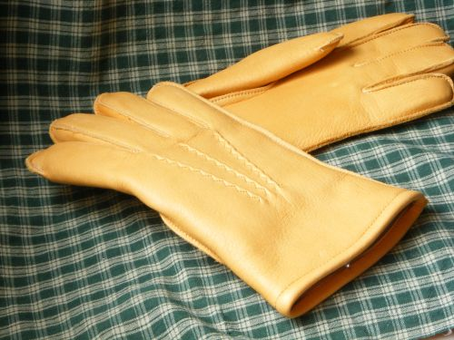 Thinsulate lined gloves-tan color