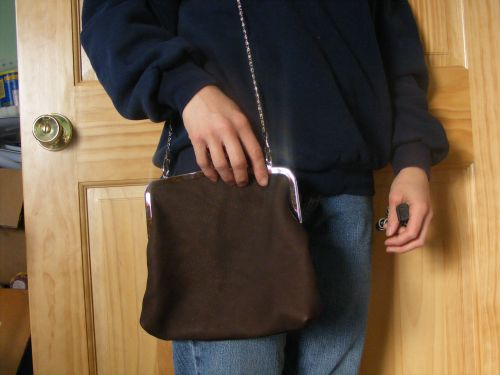 medium purse with toggle clasp frame-chocolate color