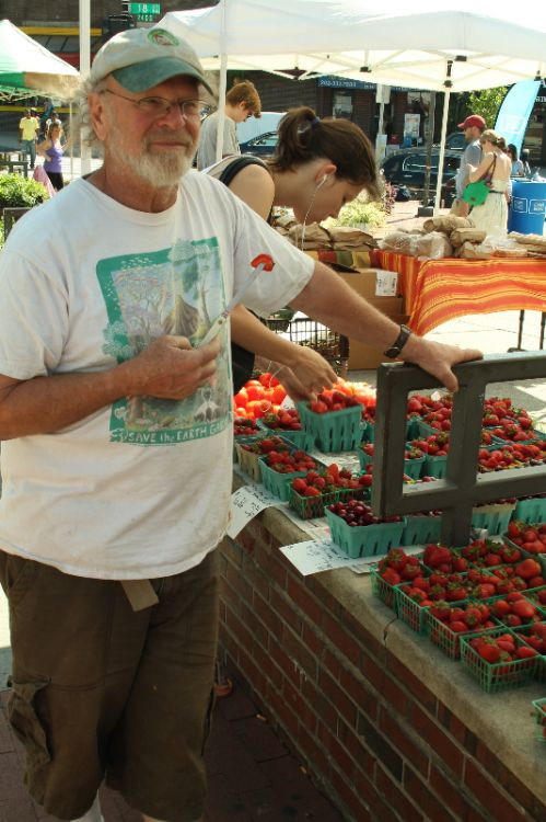 Come visit us at one of our four farmers' markets! Free samples!