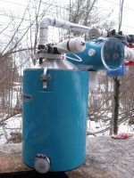 Releaser which transfers vacuum to sap lines