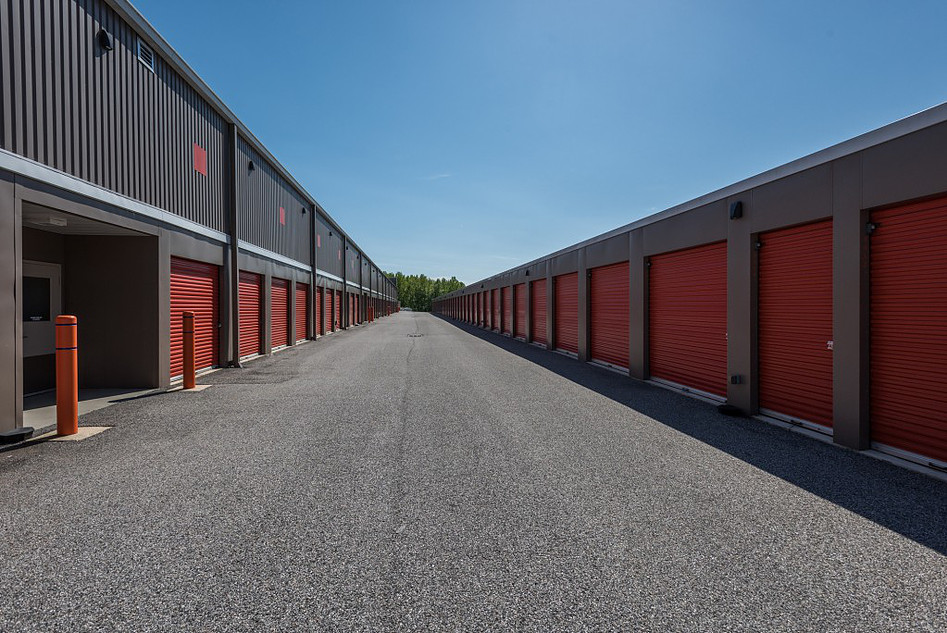 YourSpace Storage at Joppatowne - Convenient Exterior Drive Up Units