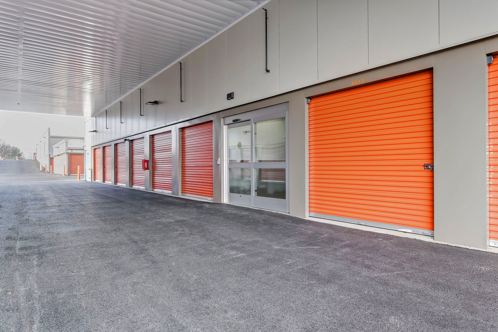 YourSpace Storage at Nottingham - Self Storage Units with Covered Loading Area