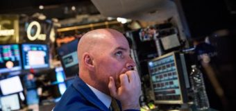 US stocks mostly higher, shrugging off Russia tensions