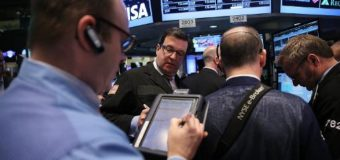 Mixed week for US stocks as tech suffers