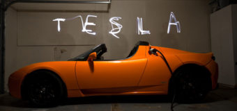 Tesla Roadster getting 'exciting' upgrade in 2014