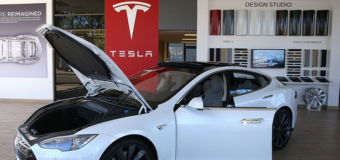 Tesla must sell 11,000 cars to meet its delivery goal