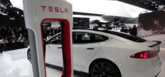 Tesla Aims For 600-Mile On A Single Charge By 2017, Says Elon Musk