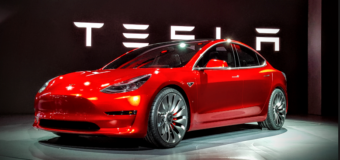 Tesla CEO Elon Musk Will Make Announcement About Model 3 This Weekend