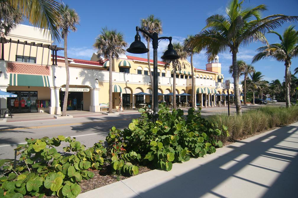 Shops at Lake Worth Beach