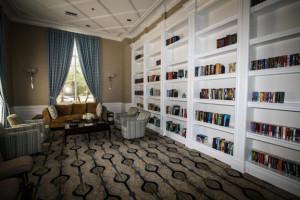 Bellaggio library
