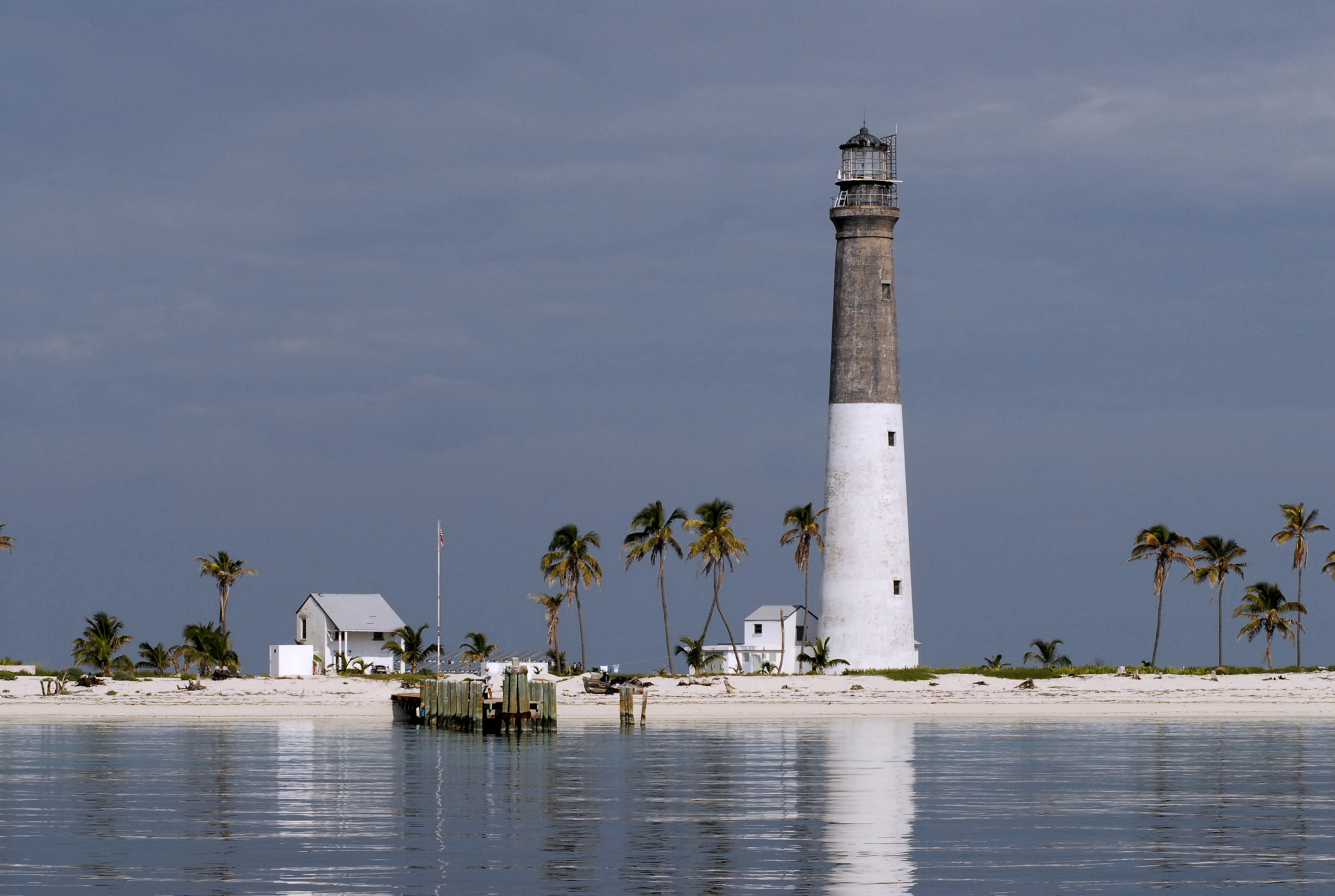 DRY TORTUGAS   DAY TRIP OR CAMP OVER NIGHT