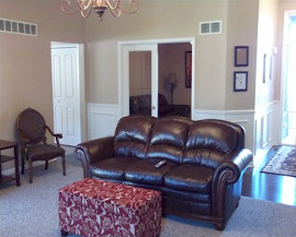 Falkirk Assisted Living - Sitting Area