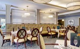 Atria Roseland - Dining Area