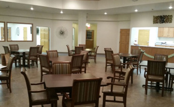 Caring Hands Assisted Living - Dining