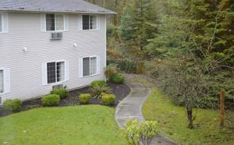 Cascade Valley Senior Living - Exterior