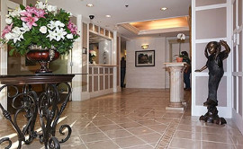 Melrose Gardens & The Cottages - Entry Way