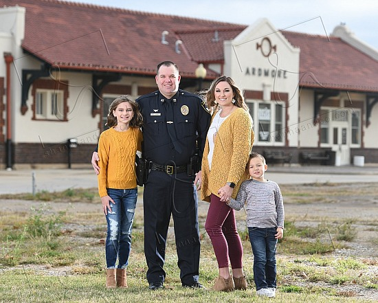 Ardmore Police Department - Family Portraits