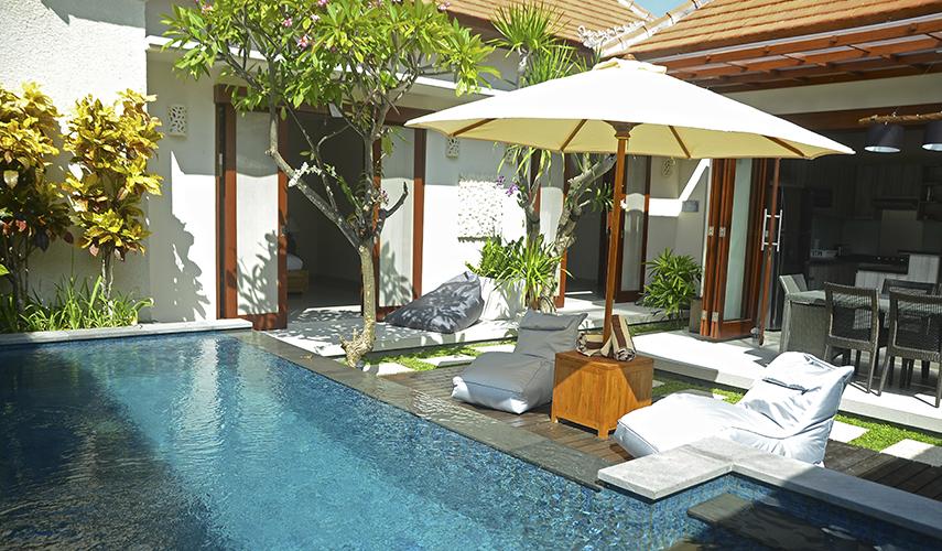 Belle villa avec cour intérieure et piscine