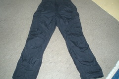 Myydään: Adult female padded outdoor trousers- toppahousut size 170
