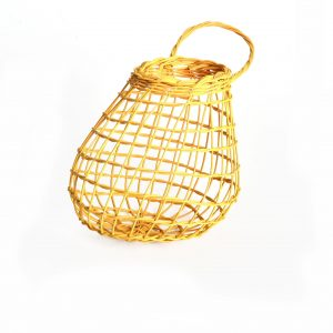 handmade yellow onion basket, north carolina living treasure, billie ruth sudduth, basket maker, carolina snowflake