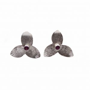 textured silver trillium stud earrings, fancy southern handmade earrings, southern stud earrings
