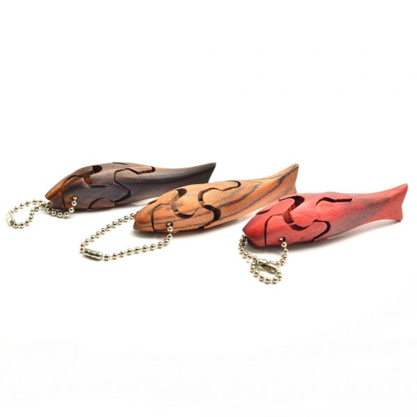 Wooden handmade fish puzzle keychain using different woods